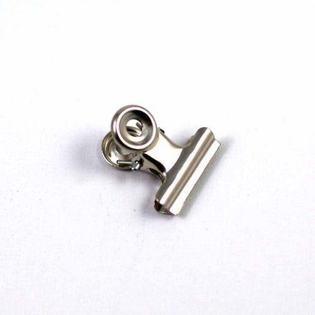 Petite pince argentée 20mm