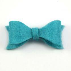 Noeud en feutrine turquoise