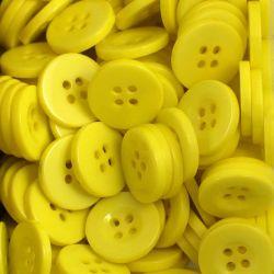 Boutons jaune soleil résine 1,6cm (lot de 100)