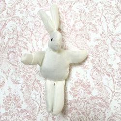 Lapin tissu blanc