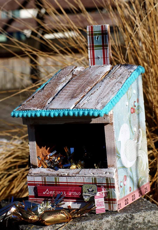 Mangeoire à oiseaux détournée- éphéméria- ruban pompon turquoise