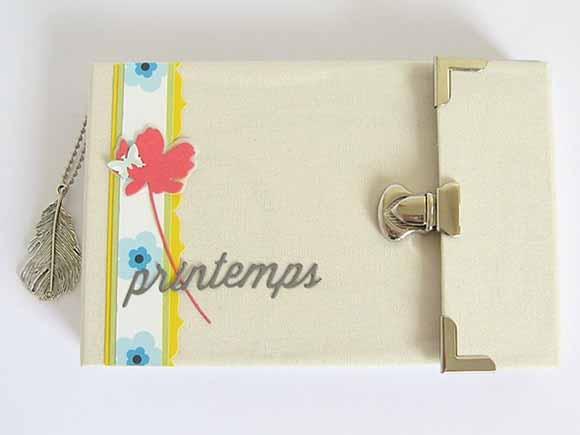 Mini album -fermetures et coins éphéméria By Julia Couron
