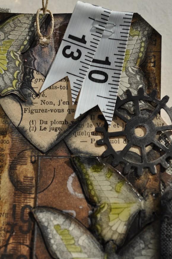 Cercle à broder, mètre ruban et vieux papiers Ephéméria by Gaby Simon