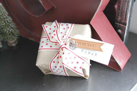 Ruban, étiquette faux-cuir et breloque Ephéméria by MiniMlescrap