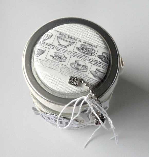 Breloques, chaînette boules, ruban, cardstocks Ephéméria by Mag de Rose Anis