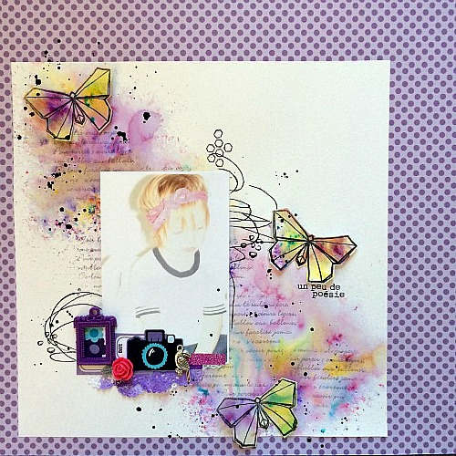 Papier, embellissements, stickers et découpes 4h37, tampons L'Encre & l'Image, cadre et fleur résine, masking tape, breloque et cardstock Ephéméria by Julie Alvarez