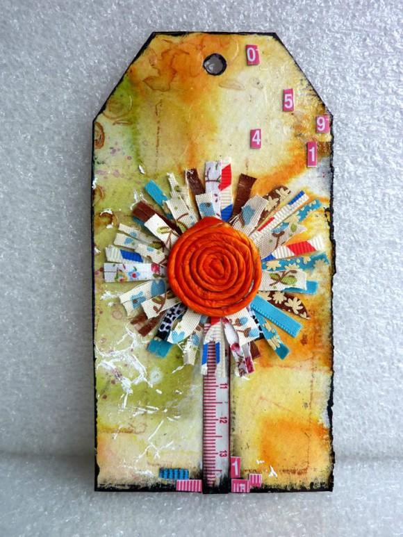Rubans, ficelle de jute et mètre ruban Ephéméria by Corinne de France