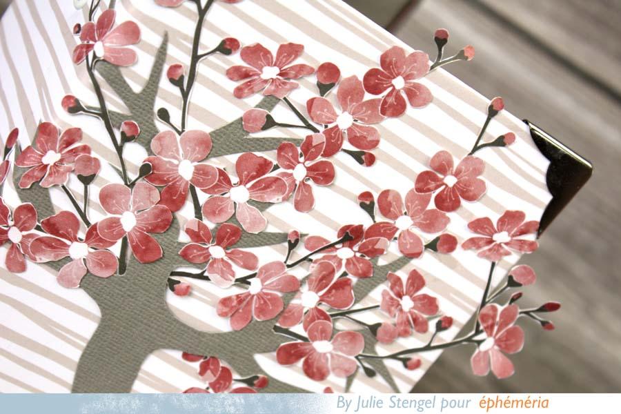 Mini album scrapbooking fleurs de cerisier by Julie pour éphéméria